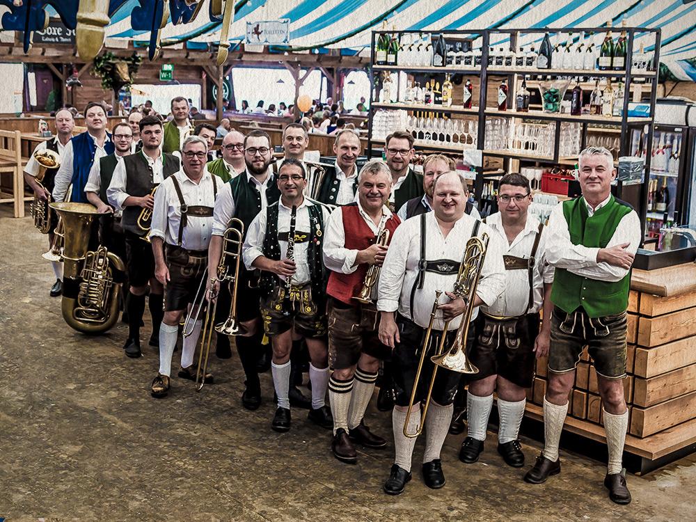 Straubinger Volksfestmusikanten